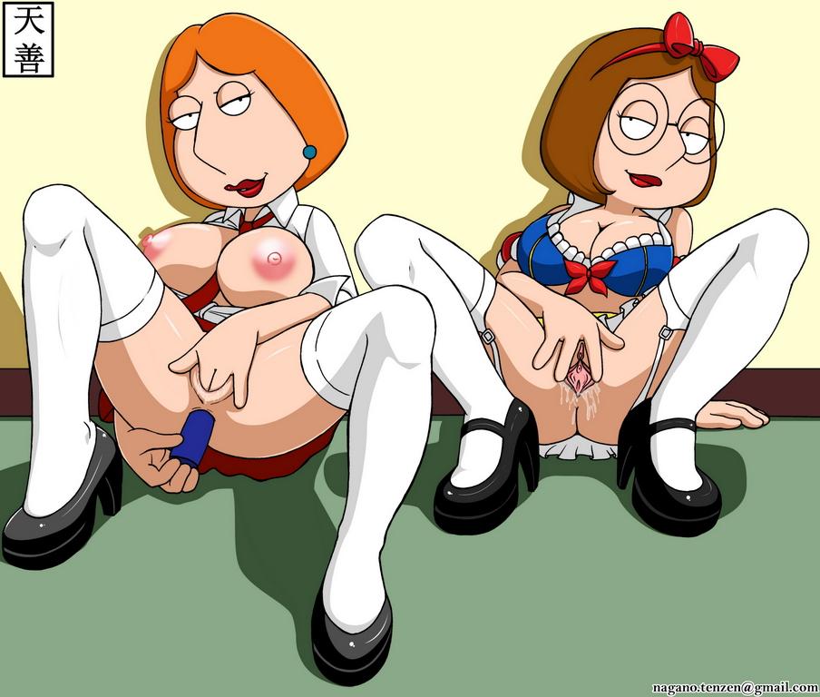 nude and meg lois griffin H de hajimaru share house